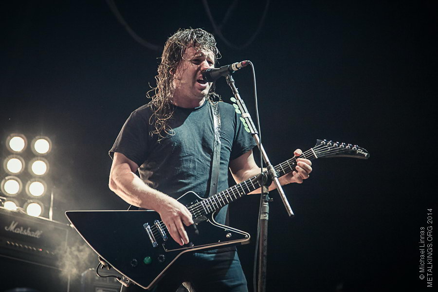 6 - Airbourne