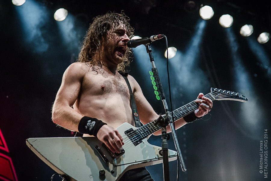 11 - Airbourne