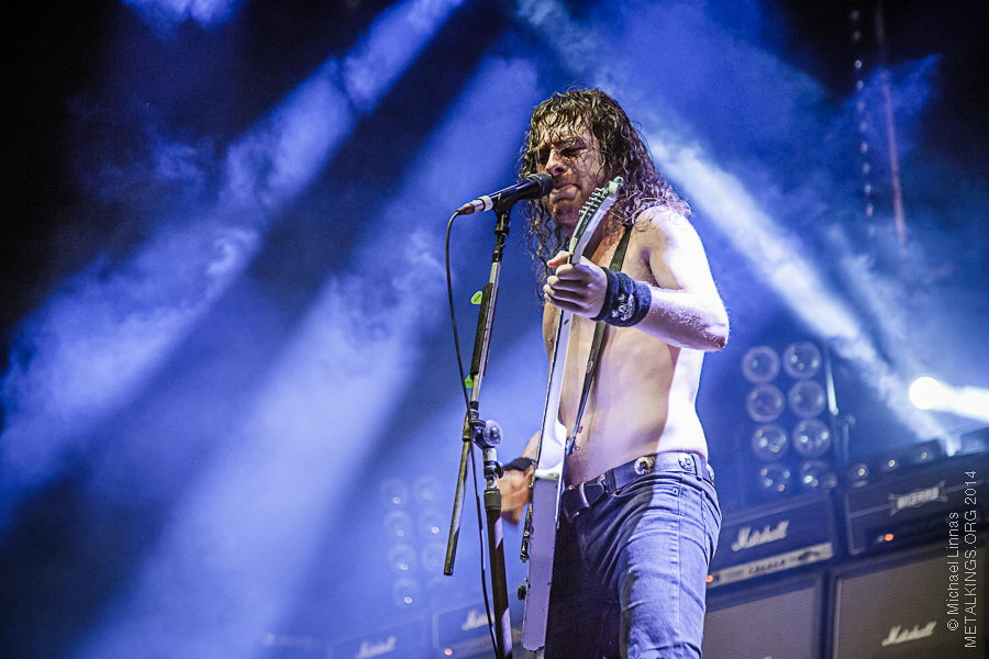 22 - Airbourne