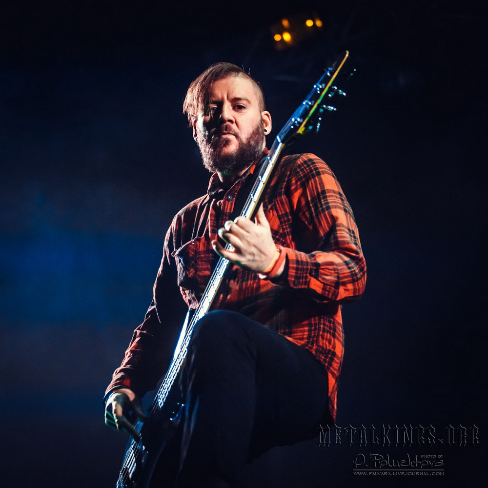 12 - Seether