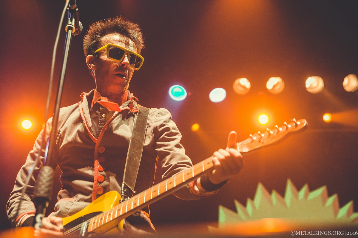 31 - The Toy Dolls