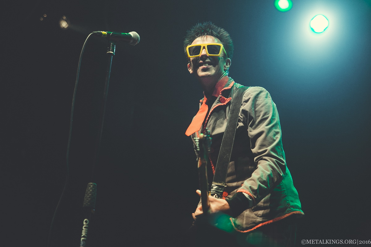 38 - The Toy Dolls