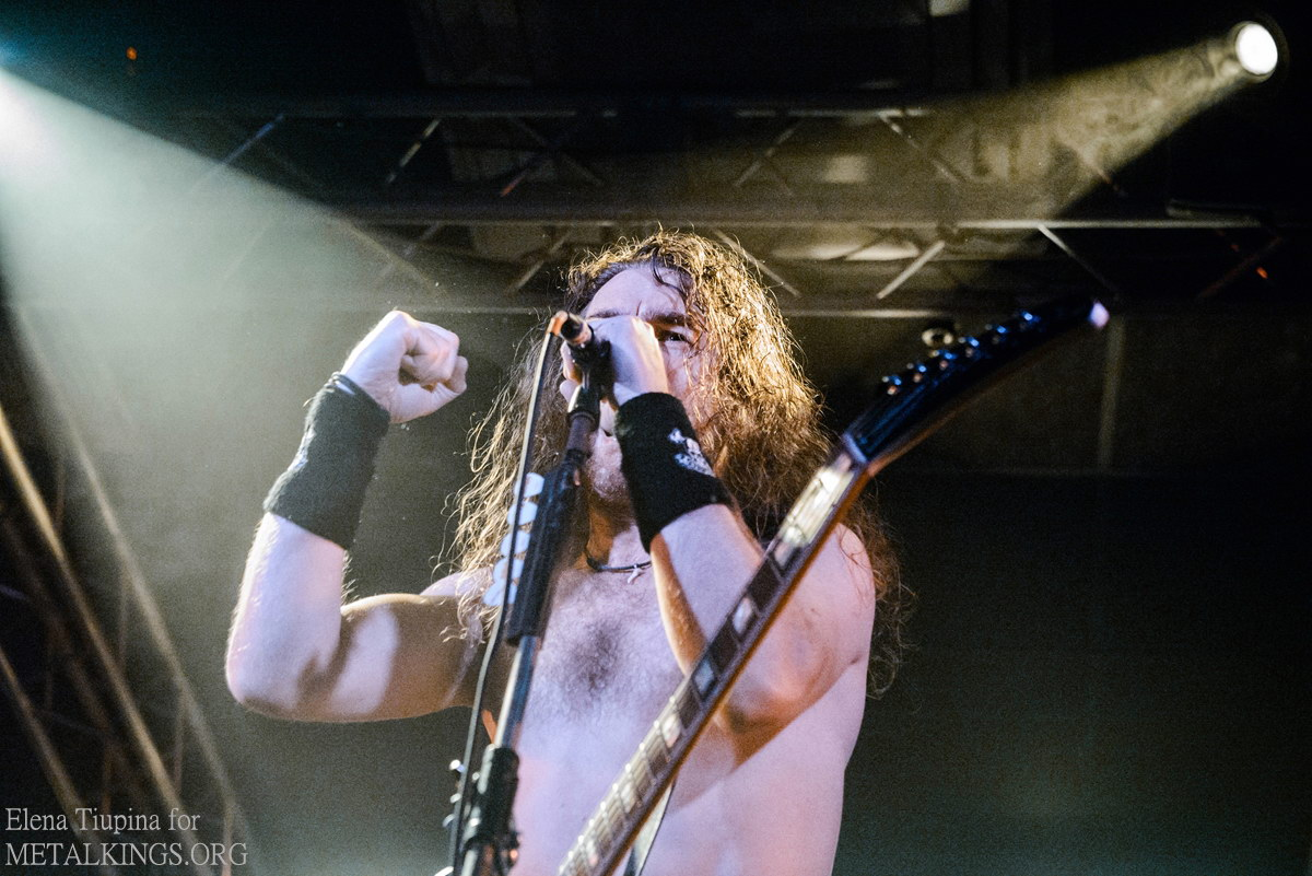 12 - Airbourne