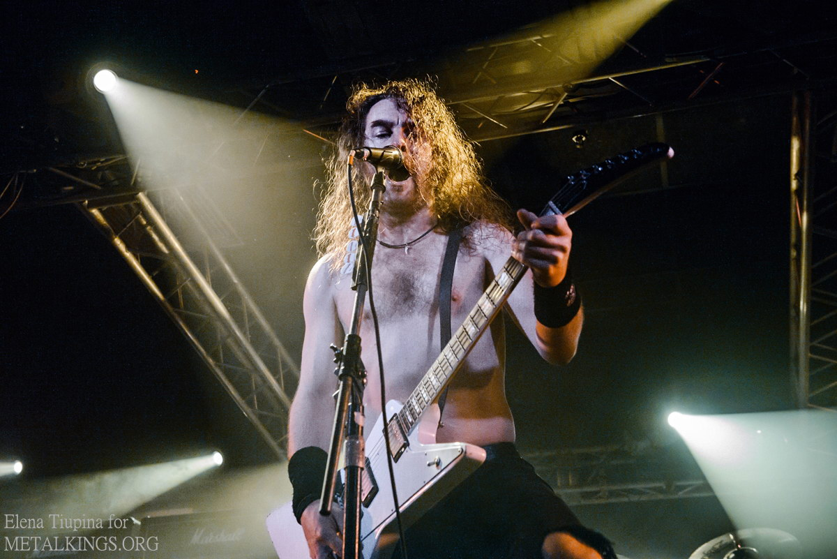 16 - Airbourne