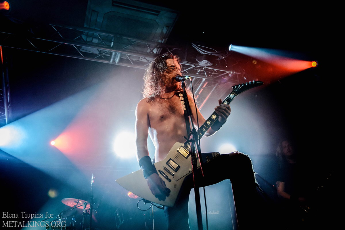 23 - Airbourne
