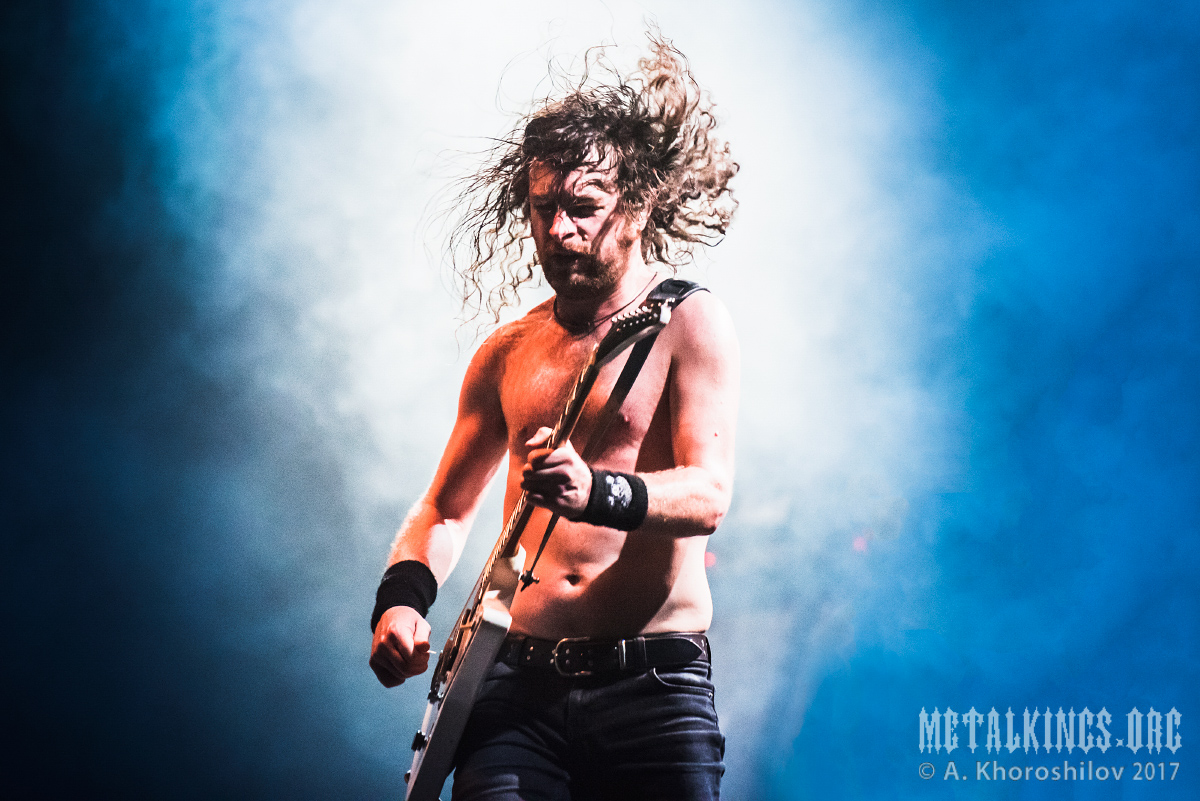 45 - Airbourne