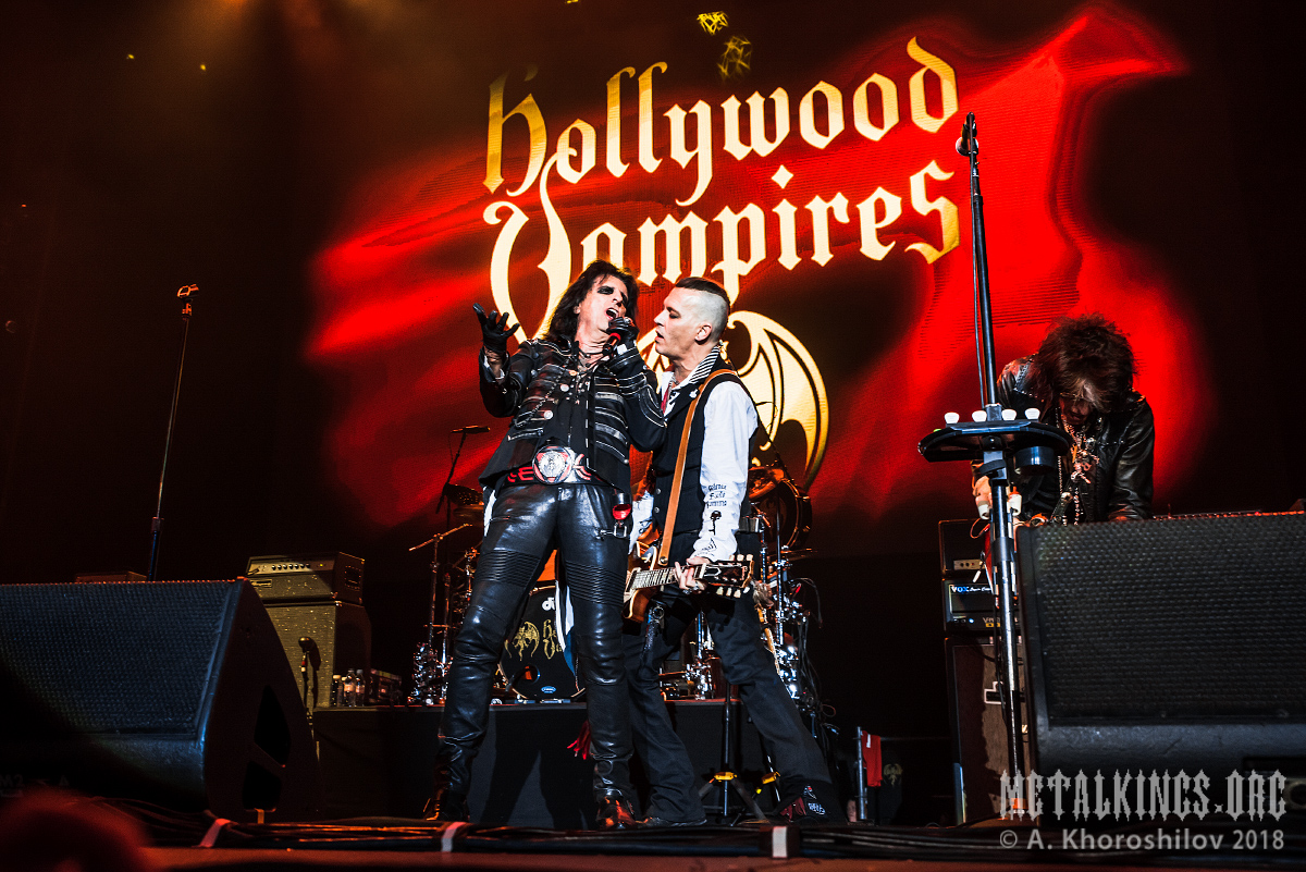 1 - Hollywood Vampires