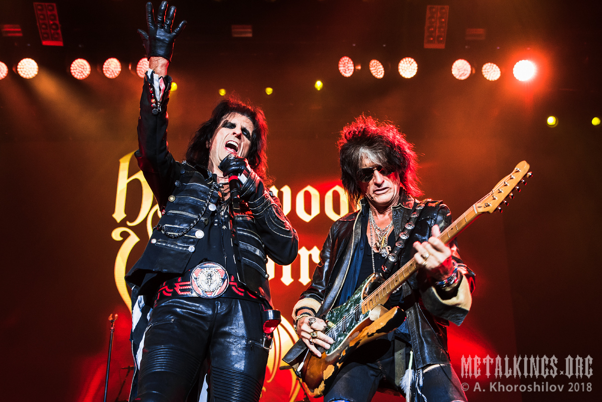 41 - Hollywood Vampires