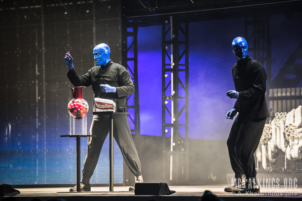 11 - Blue Man Group