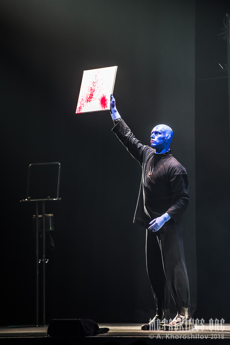 13 - Blue Man Group