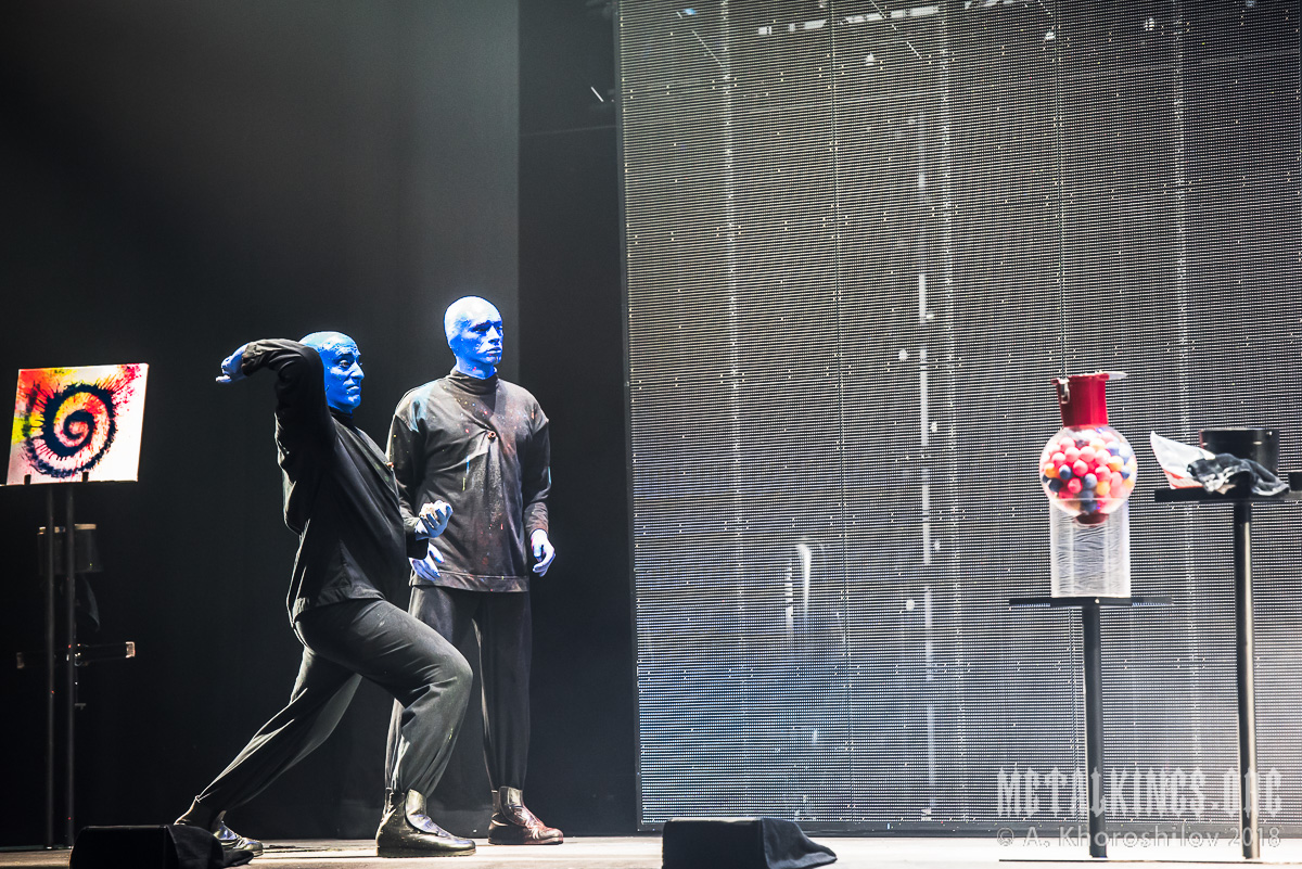 25 - Blue Man Group
