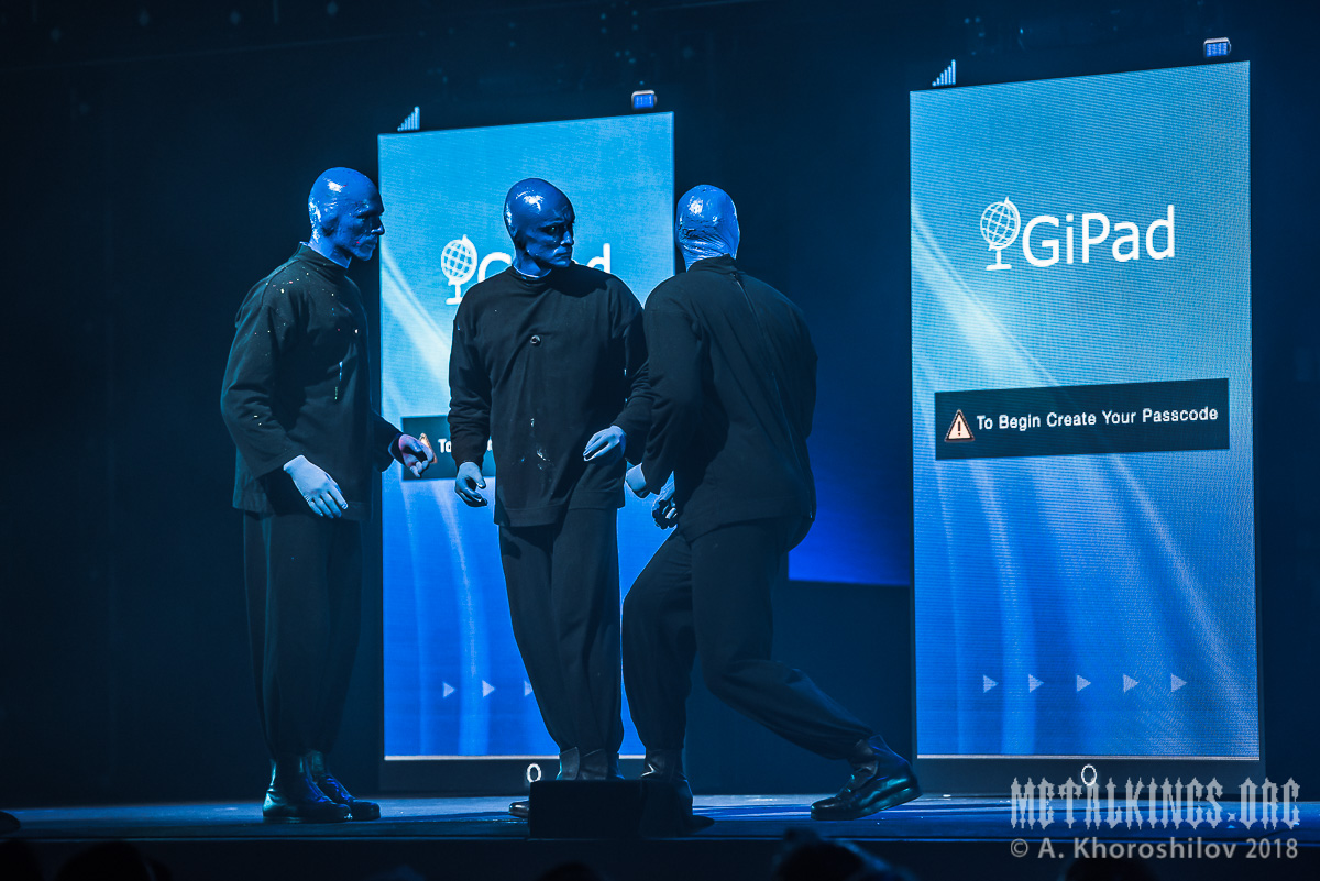 35 - Blue Man Group