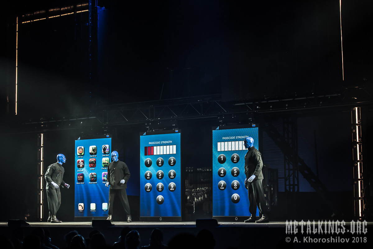 38 - Blue Man Group