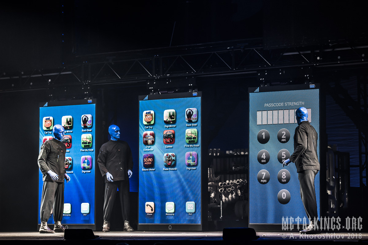 39 - Blue Man Group