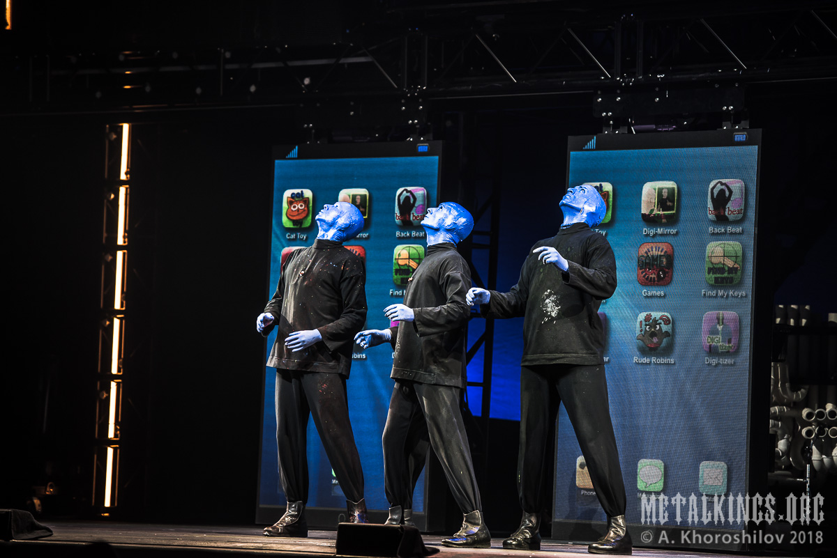 43 - Blue Man Group