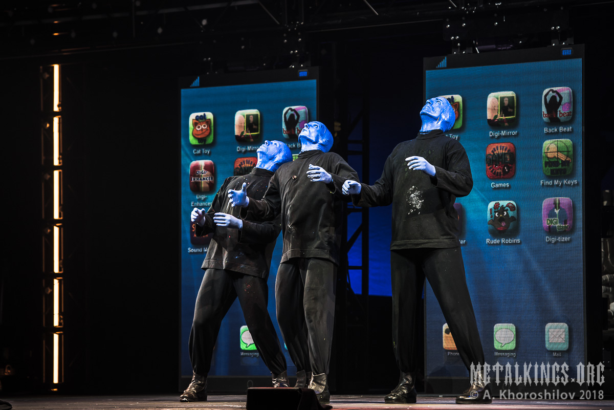 44 - Blue Man Group