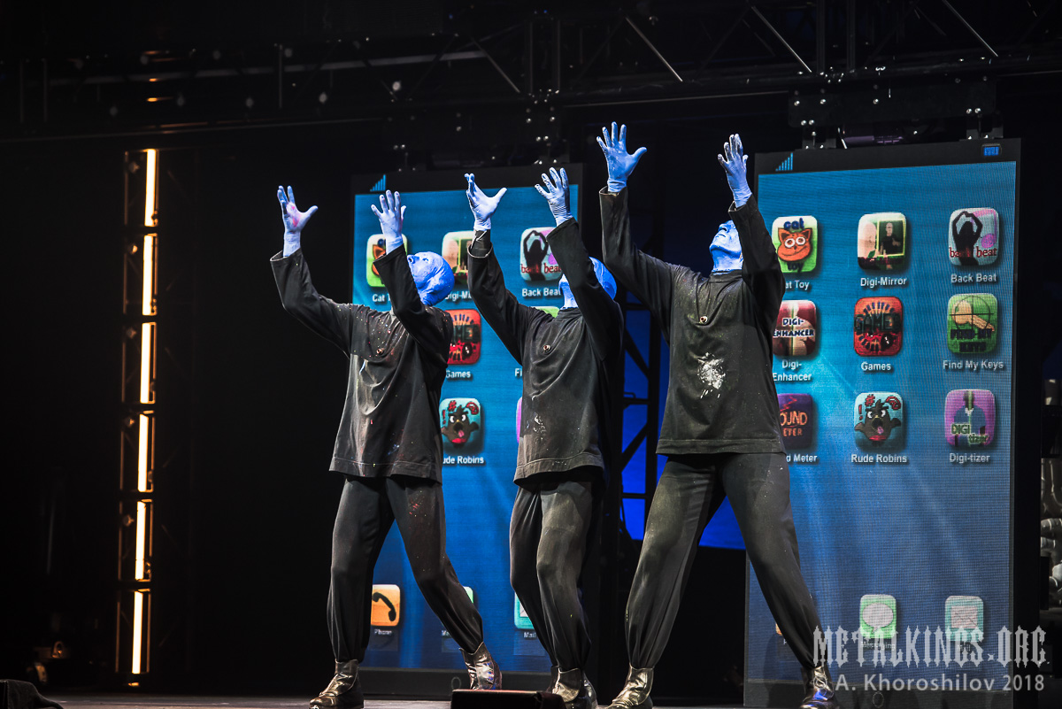 45 - Blue Man Group