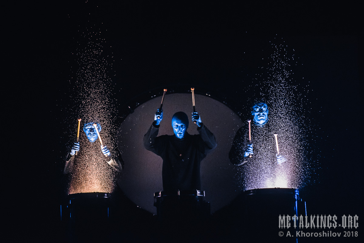 64 - Blue Man Group