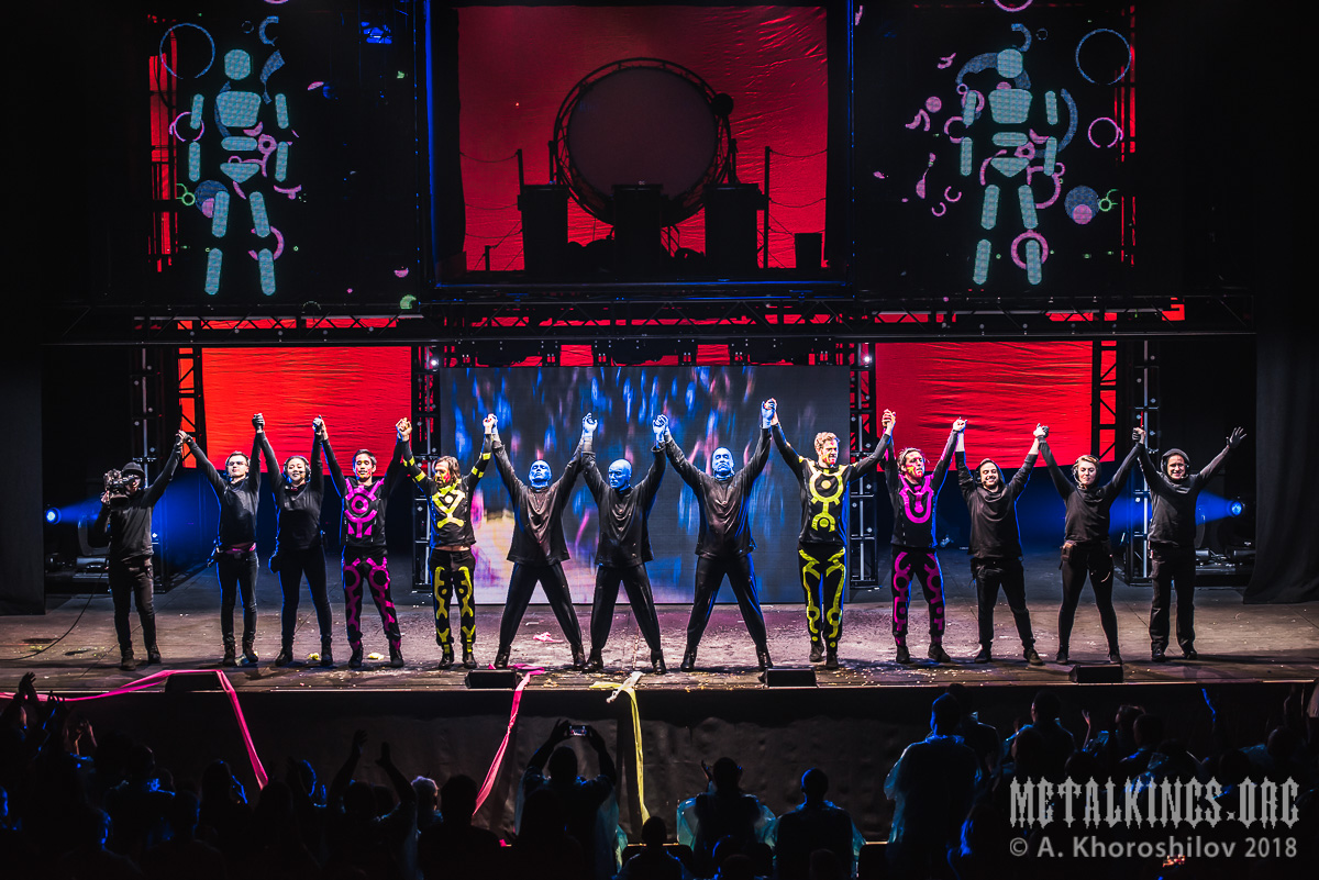 71 - Blue Man Group