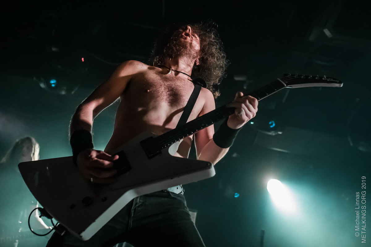 8 - Airbourne