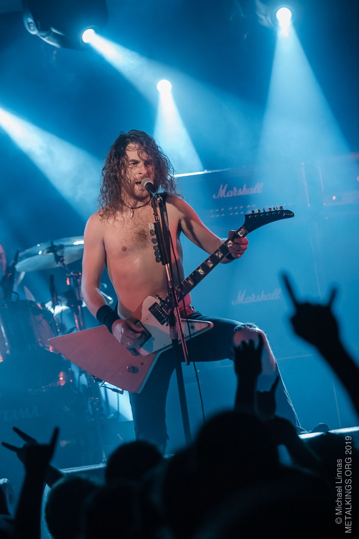 48 - Airbourne