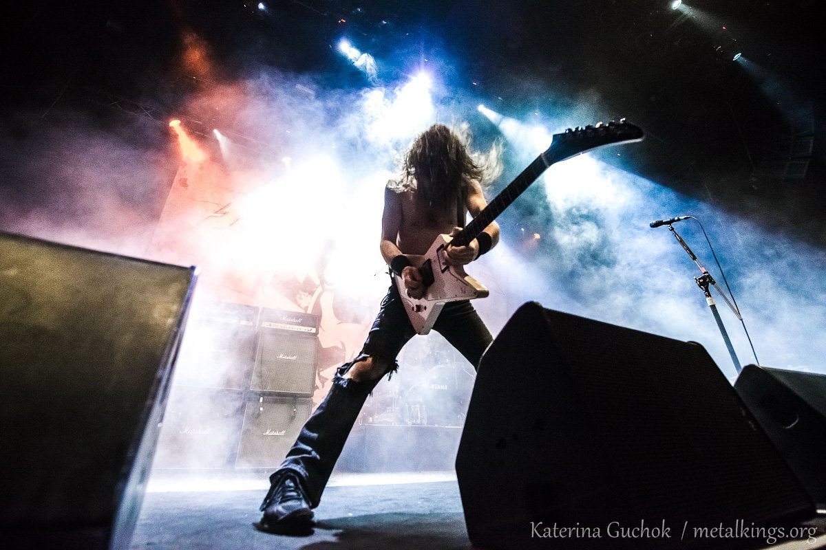 24 - Airbourne