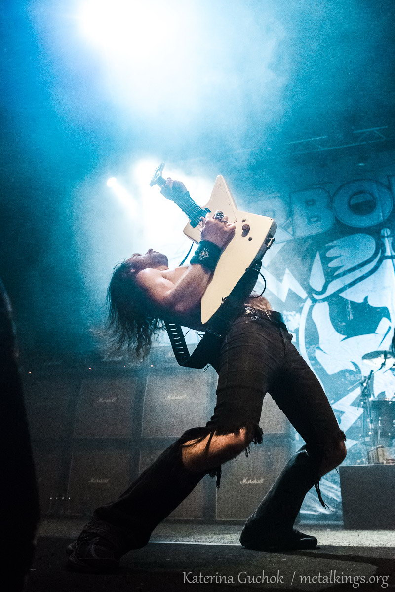 39 - Airbourne